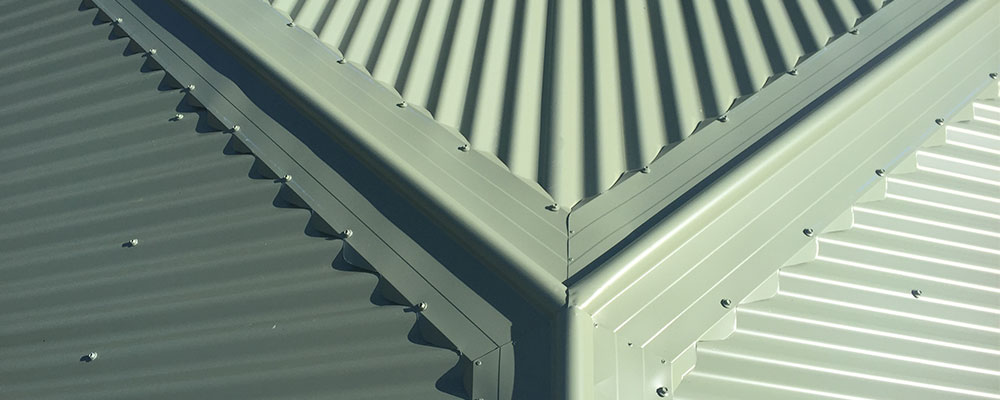 5 Reasons to Consider a Metal Roof