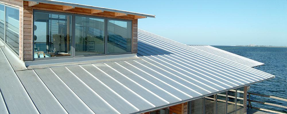 Metal-Deck-Roofing-Installation-Sydney